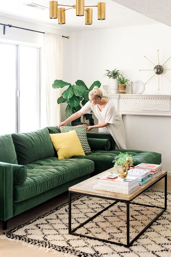 Green Vintage Sofas You'll Fall in Love With