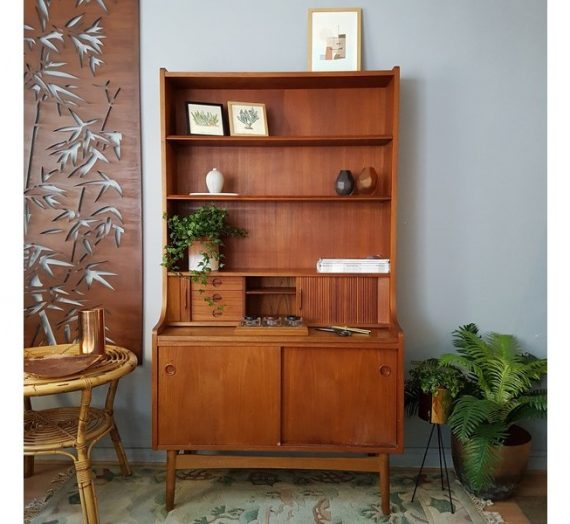 A Week in the Life: Vintage Furniture Dealer Mary from MoseyHome
