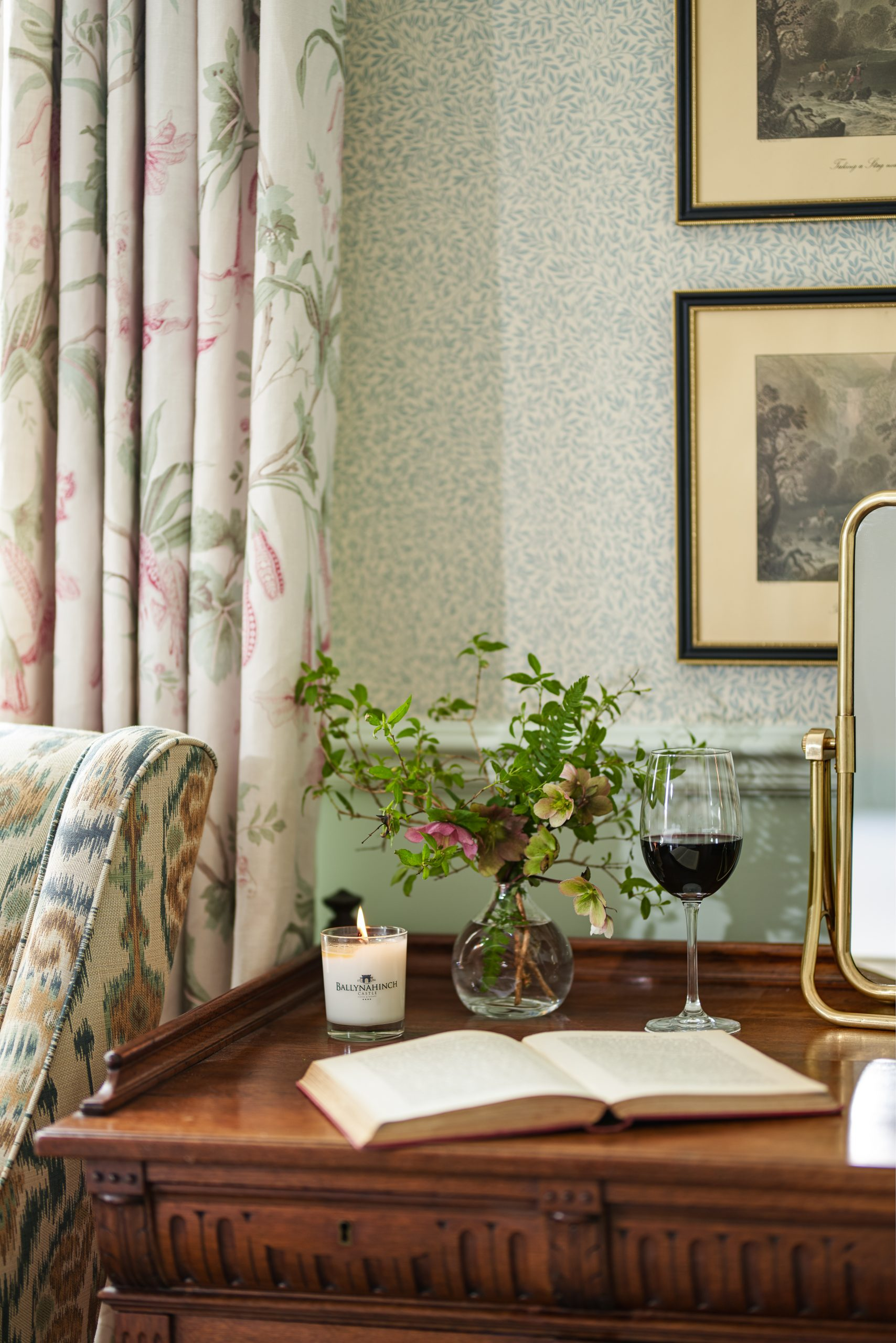 ballynahinch hotel antiques luxury interior design