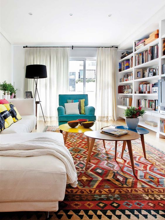 Colour you happy: feast your senses on these colourful vintage Kilim rugs and learn how to use one in your home!