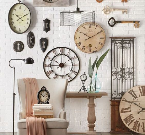 We'd love to see this timeless accessory make a comeback to the 21st century home.