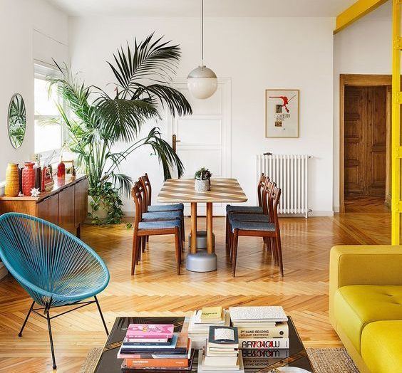 There's a vintage coffee table for every home, taste and budget
