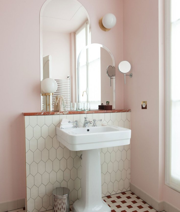 Give your bathroom a refresh with these 10 chic vintage ideas