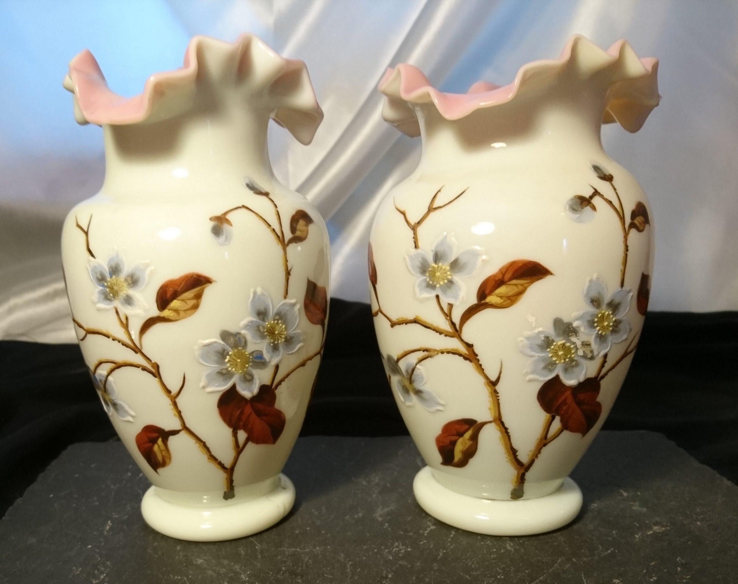 victorian vase decorative antique