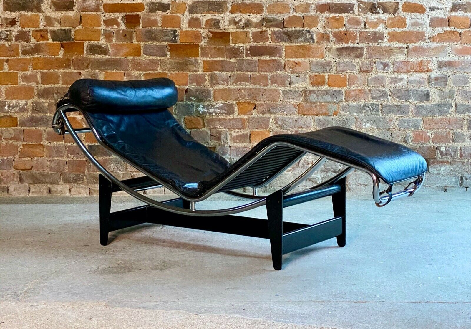 charlotte perriand lounge chair mid century