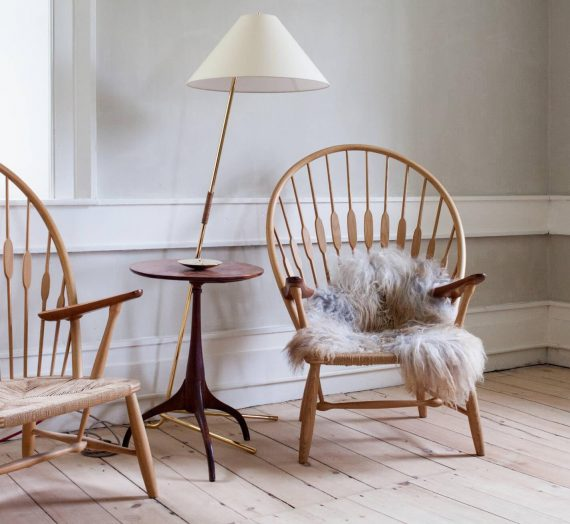 A comprehensive guide to mid century chairs for the 21st century home