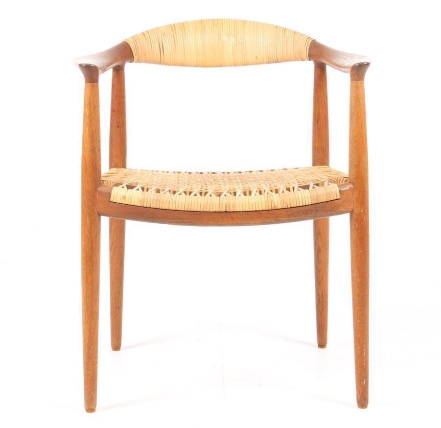 hans wegner round chair danish mid century