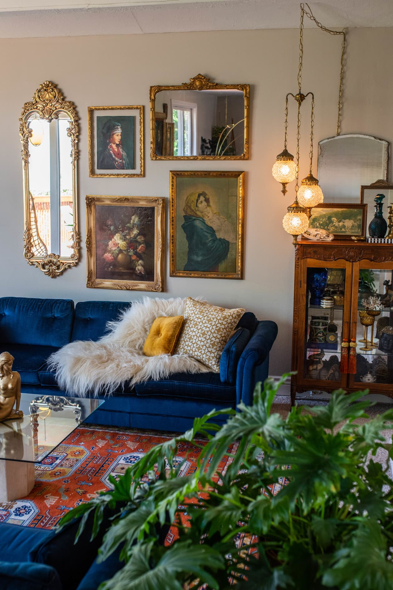 Get the look: Luxurious 1970s home designed with ridiculously cheap vintage finds
