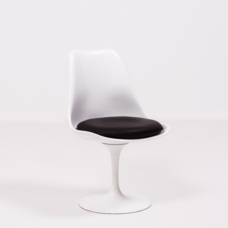 tulip chair's iconic silhouette